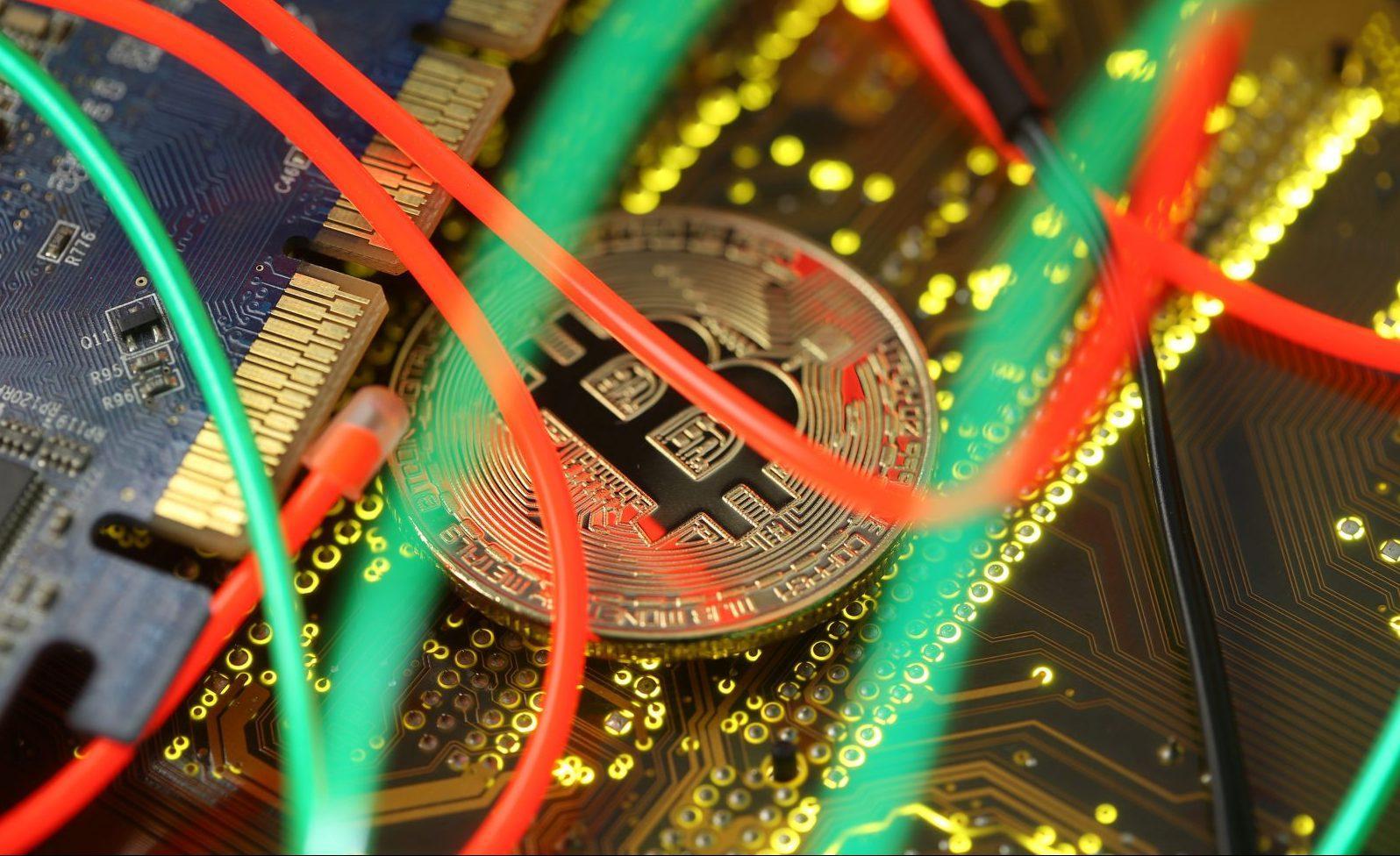 India bans bitcoins